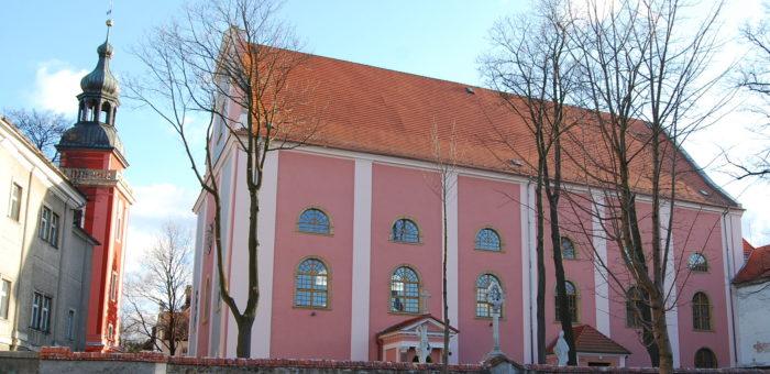 Plan nabożeństw w naszej parafii. (spotkanie duszpasterskie dla Kuracjuszy we wtorek o godz. 19:45)