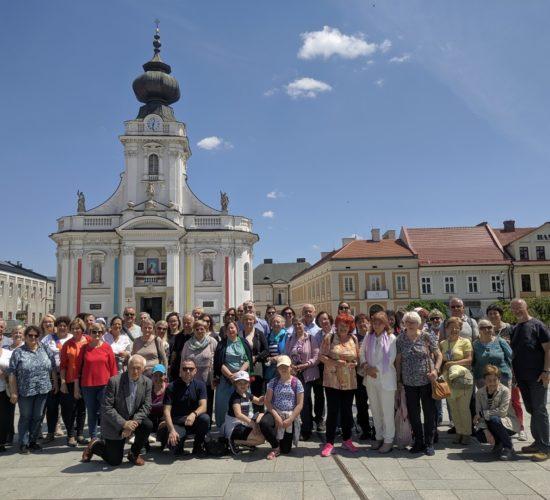 Pielgrzymka parafialna do Kalwarii Zebrzydowskiej, Wadowic i Krakowa w dniach 4-6.06.2021 (relacja FOTO)